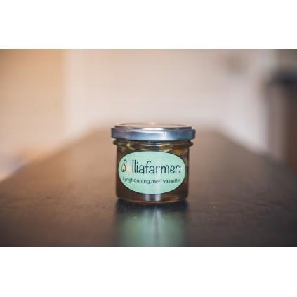 Honning med valnøtter