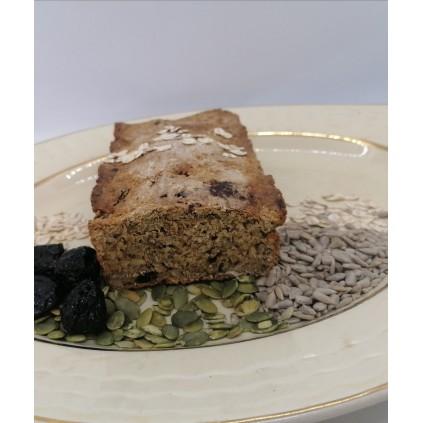 Glutenfritt havre og flerkornsbrød med svisker